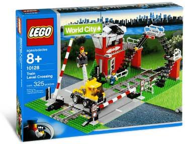 10128 Train Level Crossing