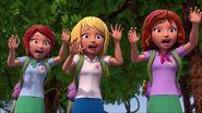 Mia, Stéphanie et Olivia cris-À la recherche du futur marié