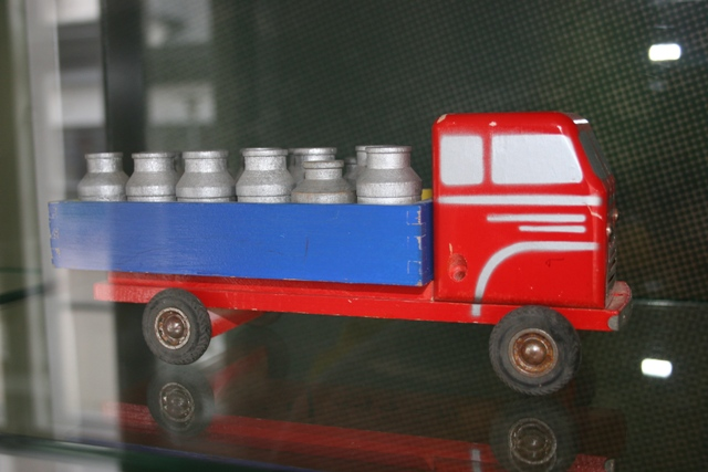 662/1 Wooden Truck 6