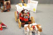 LEGO Toy Fair - Kingdoms - 7188 King's Carriage Ambush - 13