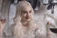 Alice au Pays des Merveilles Reine Blanche