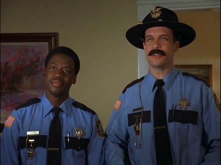 Officier Jambone et Officier Beure