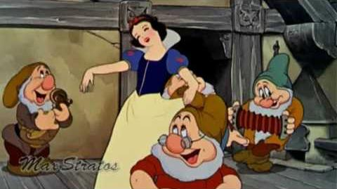 Snow_White_&_The_Seven_Dwarfs_-_The_Silly_Song_16_9