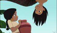 Shanti surpris de voir mowgli