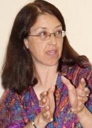 Gloria La Riva.png