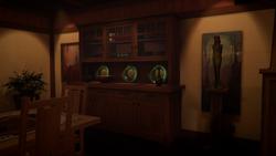 Casa dos Amber EP2 - Armário de copos