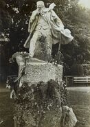 Hugo statue Guernesay Jean Boucher