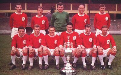 LiverpoolSquad1964-1965.jpg