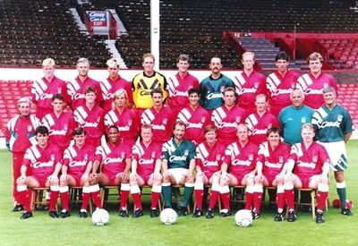 LiverpoolSquad1991-1992.jpg