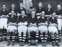 LiverpoolSquad1939-1940.jpg