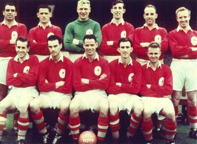 LiverpoolSquad1957-1958.jpg