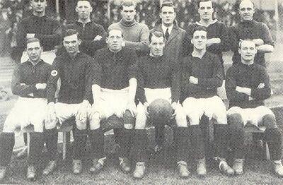 LiverpoolSquad1925-1926.jpg