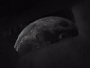 Moonappears