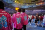 69535-participants-wear-shirts-with-the-logo-of-the-london-2012-olympics-dur