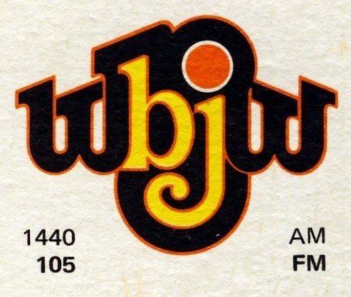 WOMX-FM