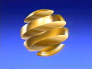 Gold ball blue gradient canal 1