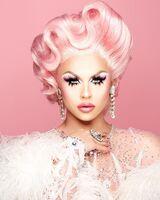 Farrah Moan Pink