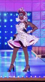 Monique on a Dime