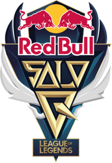 Red Bull Solo Q logo.png