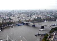 Waterloo Bridge, River Thames, London, England, Nov04.jpg