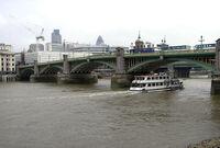 Southwark.bridge.mercedes.arp.jpg