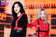 200225 THE SHOW Stage So What Go Won Olivia Hye