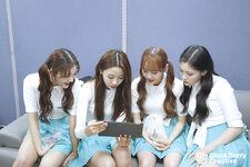 181109 SNS Hi High Diary 4 Choerry Yves Chuu HyunJin