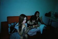 211008 SNS HyunJin, YeoJin, Go Won
