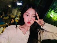 210925 SNS Choerry 8