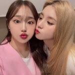 210630 SNS Heejin, Chuu