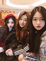 171101 SNS HeeJin HyunJin HaSeul