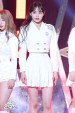 200208 Show Champion Stage So What Chuu 1