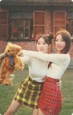 YeoJin single Photocard 3