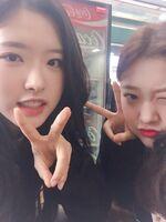 210313 SNS Choerry, Olivia Hye 1
