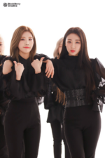 LOONA Butterfly BTS 4