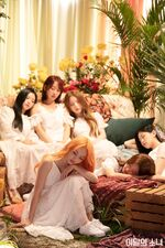 201222 SNS HeeJin, HyunJin, ViVi, Choerry, Yves, Olivia Hye