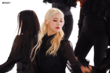 LOONA Butterfly BTS 7