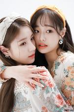 The Star Magazine (HeeJin, Chuu) BTS 3