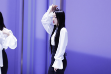 LOONA Butterfly BTS 42