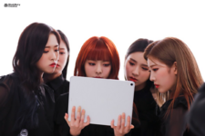 LOONA Butterfly BTS 9