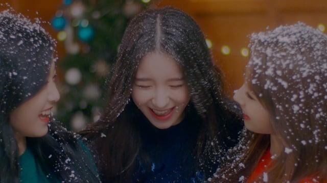 "MV_이달의_소녀_희진,_현진,_하슬_(LOONA_HeeJin,_HyunJin,_HaSeul)_""The_Carol""_(4K_Vimeo)"