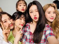 210826 SNS HeeJin, HaSeul, YeoJin, Choerry, Chuu