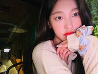 210925 SNS Choerry 6