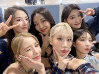 210708 SNS HeeJin, HaSeul, YeoJin, Kim Lip, Choerry, Yves