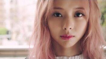 "MV_이달의_소녀_ViVi_(LOONA_비비)_""Everyday_I_Need_You_(Feat._JinSoul)"""