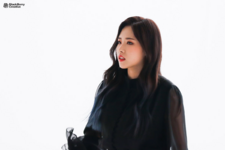 LOONA Butterfly BTS 27
