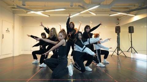 """이달의_소녀_(LOONA)_""""So_What""""_Dance_Practice_Video"""
