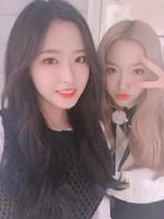 180407 SNS Go Won Olivia Hye