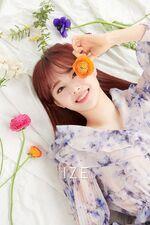 Chuu IZE Magazine 10