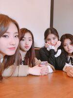 170127 FanCafe New Year HeeJin HyunJin HaSeul YeoJin
